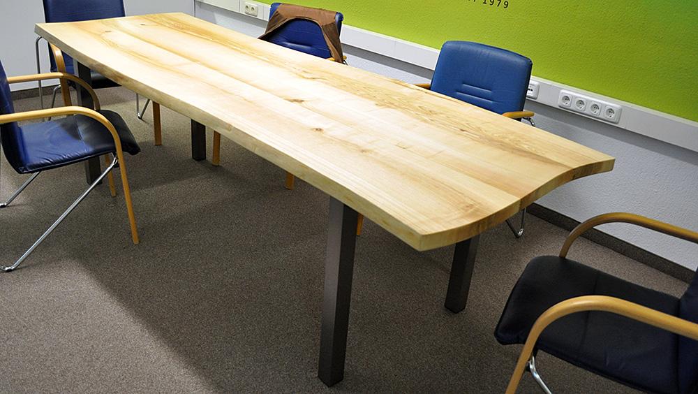 Heimische Esche Baumkanten Tisch Geölt Edelstahlfüße