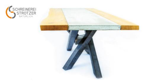 Esszimmertisch aus Holz und Beton