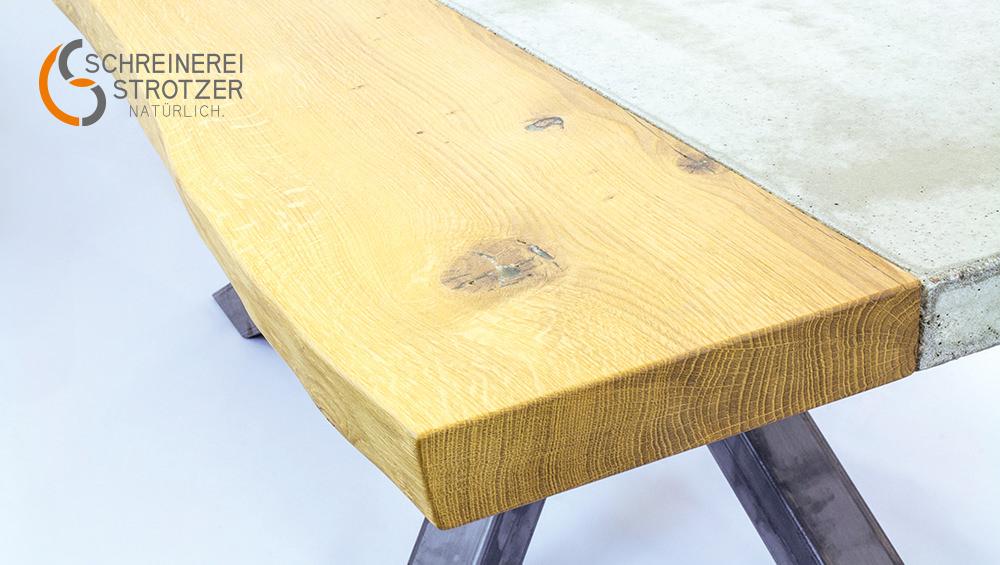 Esszimmertisch aus Holz und Beton Detail